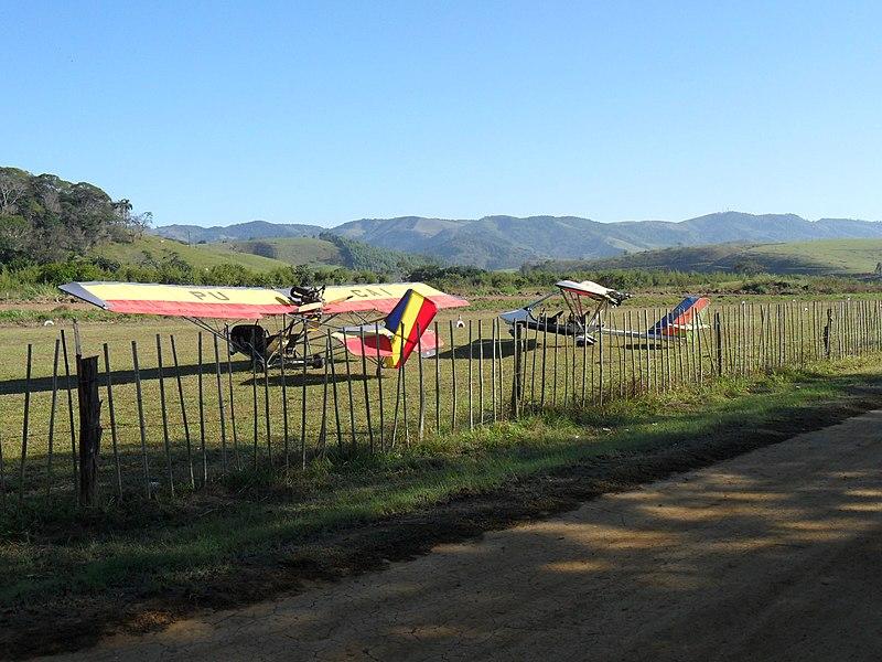 File:Pista de vôo em VRB. - panoramio.jpg