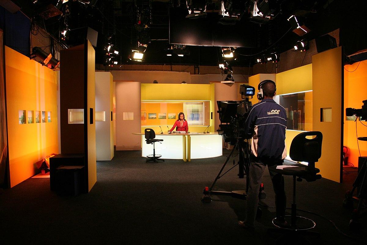 Plateau Tele : Studio de télévision — wikipédia