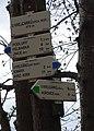 Podluhy, U Krejcárků, východní rozcestí, rozcestník.jpg