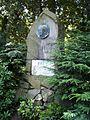 Pomník A. Jiráska v Jiráskových sadech 01.jpg