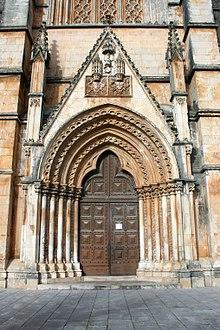 ventanas goticas para colorear