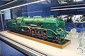 Praha, prezentace Prezidentského vlaku 2018, osobní vůz Ca 4-5086, model lokomotivy řady 534.jpg
