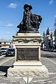 Prince Henry the Navigator statue, Fall River-ful view.jpg