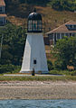 Prudence Island Light 2007 vertical.jpg