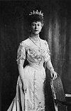 Queen Mary of the United Kingdom, c. 1911.jpg