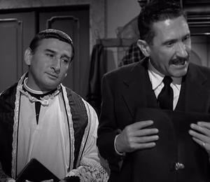 Paolo Stoppa - Renato Rascel and Stoppa in Oh! Sabella (1957)