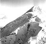 Redoubt Volcano, mountain glacier, August 22, 1968 (GLACIERS 6778).jpg