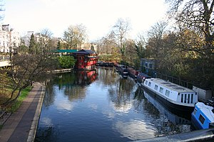Cumberland Basin (London) - As the Regent's Canal turns left towards Camden Town, the remains of the Cumberland Basin arm lies straight ahead.