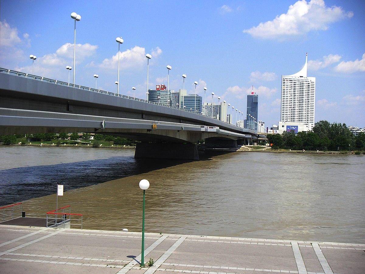 Reichsbrücke - Wikipedia