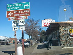 Road signs in Cambridge ID.JPG
