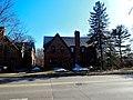 Robert C. Pfister Residence - panoramio.jpg