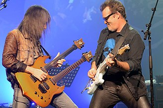 "Ron ""Bumblefoot"" Thal - Bumblefoot and Axel Bauer in 2017."