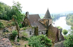 Château - A rural château in La Roque-Gageac, Dordogne.