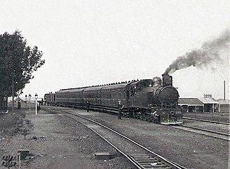 South African Class F 4-6-4T - Image: SAR Class F 84 (4 6 4T) CSAR 266