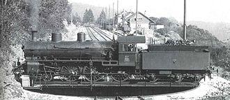 Zig zag (railway) - Image: SBB A 3 5 617 in Chambrelien