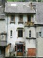 Saint-Béat maison bord Garonne.JPG