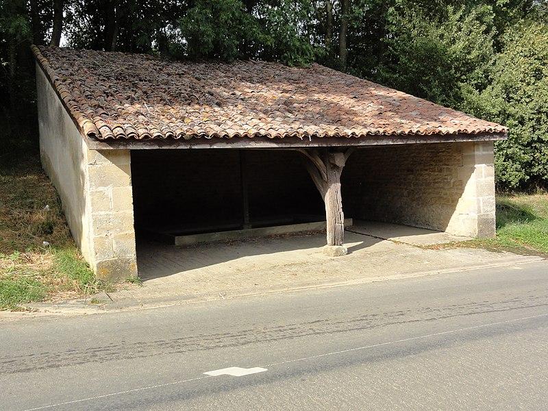Saint-Pierrevillers (Meuse) lavoir