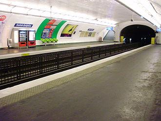 Saint-Sulpice (Paris Métro) - Image: Saint Sulpice metro 03