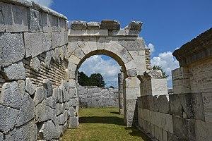 Pietrabbondante - View of the polygonal masonry architecture of the Samnite theater and sanctuary complex.