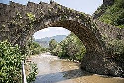 Sanahin bridge 2019-06-22 v2.jpg