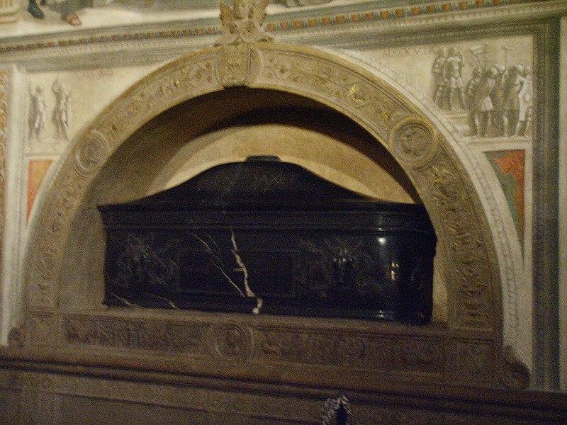 File:Santa Trinita, cappella Sassetti, Giuliano da Sangallo 1.jpg