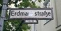 Schöneberg Erdmannstraße Korkmännchen.jpg