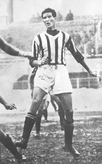 Giovanni Varglien - Varglien II in action with Juventus in 1937