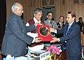 Sharad Pawar presenting the award to Dr. B.S. Bisht, the Vice-Chancellor, Govind Ballabh Pant, University of Agriculture & Technology, Pant Nagar, Uttarakhand, in New Delhi on February 23, 2011.jpg