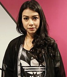 Sharifah Sakinah on MeleTOP.jpg