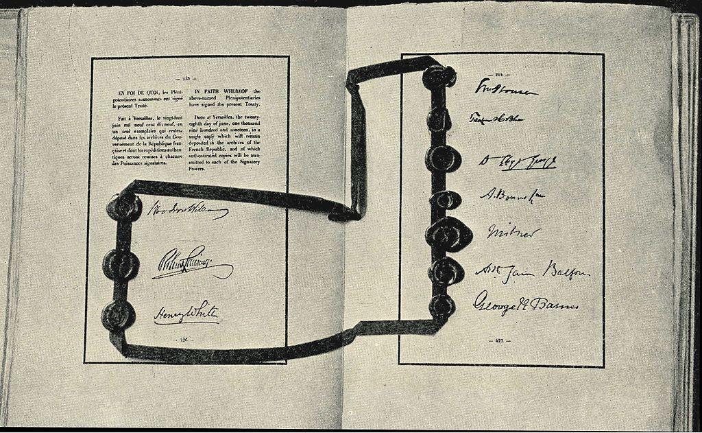 Aláírások a versailles-i szerződésen