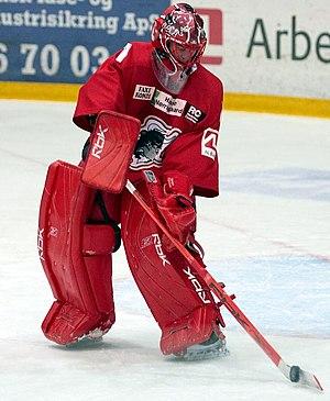 Simon Nielsen (ice hockey) - Image: Simon Nielsen 1