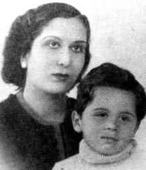 Hussein of Jordan - Hussein (age six) and his mother, Zein Al-Sharaf, 1941