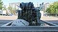 Skulptur Henriettenplatz (Halsee) Medusa Brunnen Poirier 1987.jpg