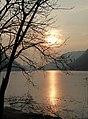 Sole sul lago ghiacciato.jpg