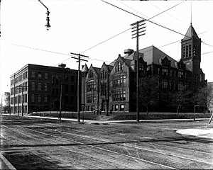 South High School (Minneapolis) - South High School in 1911.