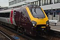 Southampton Central railway station MMB 19 220033.jpg