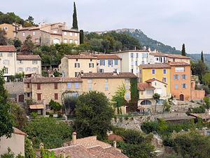 Spéracèdes - View of the village towards Cabris