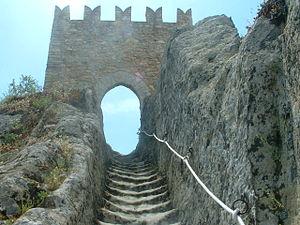 Sperlinga - Image: Sperlinga torre castello