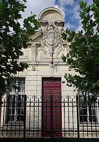 St-Jean-de-Blaignac Entrée mairie 2012.jpg