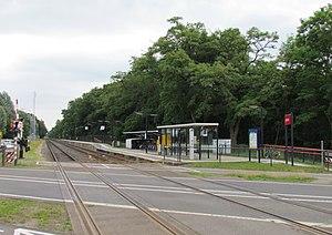 Klarenbeek railway station - Image: Station Klarenbeek (Arriva)