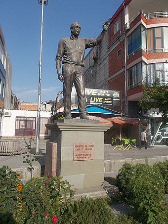The statue of George W. Bush was erected at Fushe-Kruje, Albania near Tirana after his visit Statue G.W.Bush at Fushe-Kruja.jpg