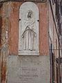 Statue Piazza San Francesco a Ripa.JPG