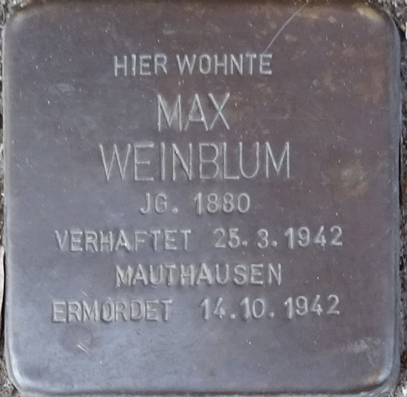 Stolpersteine Alsdorf Max Weinblum Robert-Koch-Strasse 29.jpg