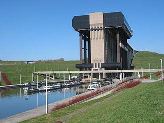 Boat lift - Strépy-Thieu boat lift (Belgium, Wallonia)