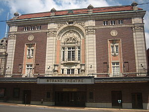 Strand Theatre (Shreveport, Louisiana) - Image: Strand Theater from Crockett Street IMG 1588