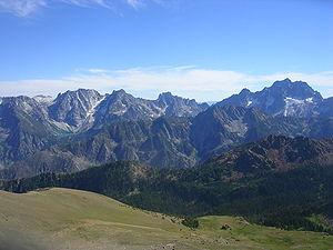 Stuart Range - Stuart Range from Cashmere Peak in the Wenatchee Mountains