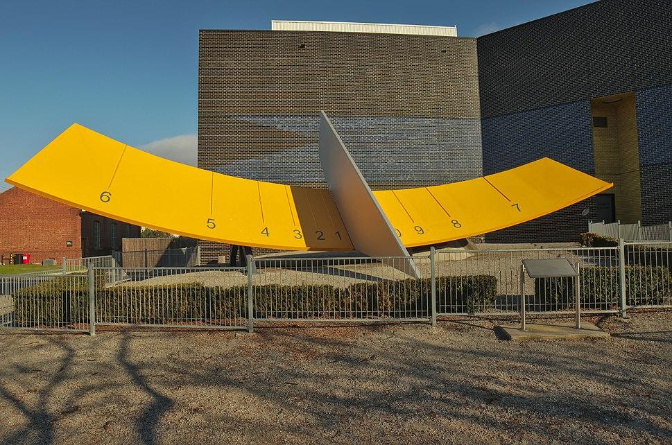 Sundial - Melbourne Planetarium