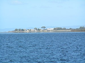 Swan Island (Victoria) - Swan Island, view from Swan Bay Jetty