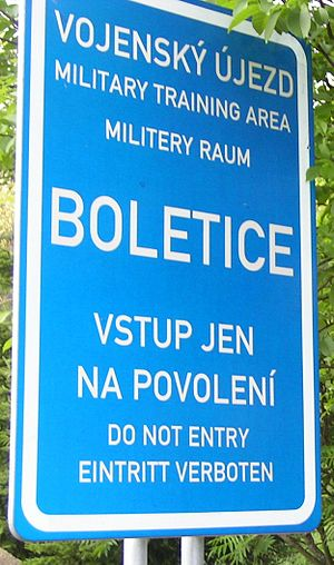 Sign prohibiting entry to the Military Area Boletice TUP Boletice.JPG