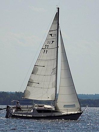 Tanzer 25 - Image: Tanzer 25 sailboat Solitaire 3239